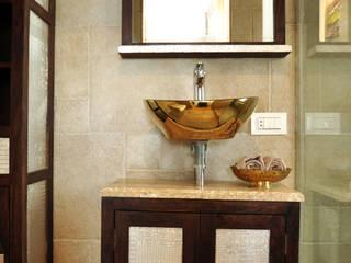 RESIDENCE AT VILE PARLE (E):  Bathroom by Dhruva Samal & Associates