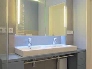 Modern Bathroom by hansen innenarchitektur materialberatung Modern