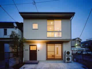 外観 モダンな 家 の MOW Architect & Associates モダン