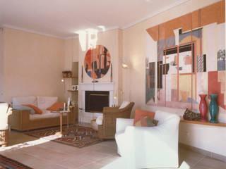 Living-room: Soggiorno in stile in stile Moderno di Studio Mingaia