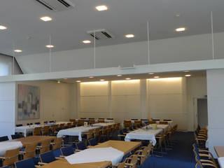 Landtag des Saarlandes Moderne Geschäftsräume & Stores von Bolz Licht und Wohnen 1946 Modern