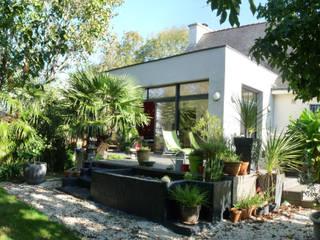 Extension d'une maison à Plescop Maisons modernes par BERNIER ARCHITECTE Moderne