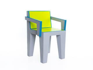 Chaise design en carton :  de style  par Elle et les cartons