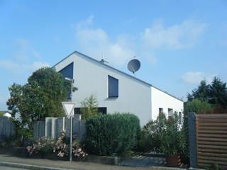 Altmodernisierung Böblingen: moderne Häuser von Architekturbüro Wörner