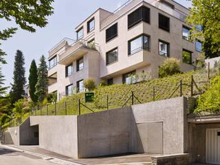Mehrfamilienhaus Zürich: moderne Häuser von fiktiv Architektur GmbH