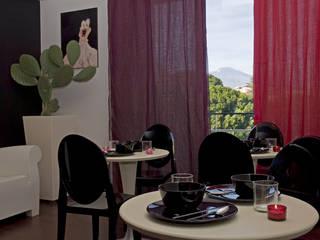B&B Luxury Accomodation Soggiorno moderno di Rizzotti Design Moderno