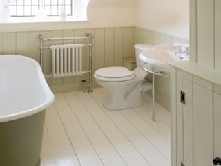 Projects / Kitchens Hartley Quinn WIlson Limited Classic style bathroom