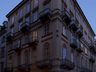 Notturno: Negozi & Locali commerciali in stile  di OperaeLab S.R.L.
