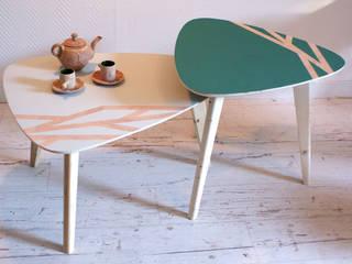 """Tables basses """"Gigognes"""" couleurs Polaire et Boréale:  de style  par Atelier Recycl'et Bois"""