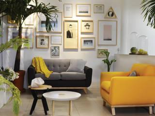 Modern living room by Clorofilia Modern
