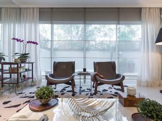 modern  by Vaiano e Rossetto Arquitetura e Interiores, Modern