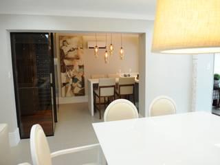 Comedores de estilo clásico de Bruna Zappelini Arquitetura Clásico