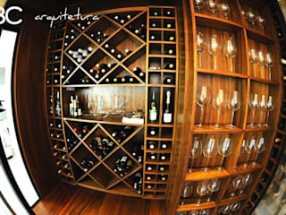 Bruna Zappelini Arquitetura의  와인 보관