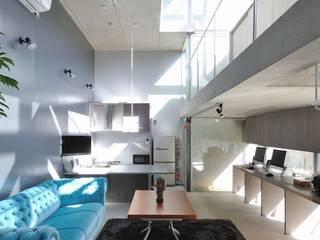 light-phase モダンデザインの リビング の 岡村泰之建築設計事務所 モダン