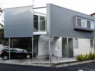 岡村泰之建築設計事務所의  주택