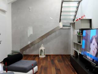 Salas de estilo moderno de Polymorpha Design for Living Moderno