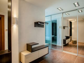 Minimalist corridor, hallway & stairs by Center of interior design Minimalist