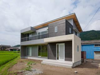 つながった空間に暮らす家 オリジナルな 家 の エヌスペースデザイン室 オリジナル