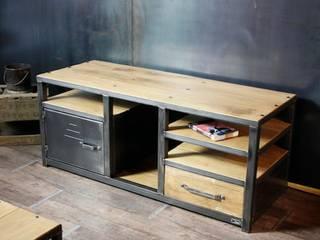 Nos meubles TV de style industriel par MICHELI Design Industriel
