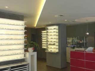 Brillenstudio Kees Moderne Geschäftsräume & Stores von Bolz Licht und Wohnen 1946 Modern