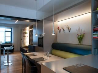 Wohnküche Tholey Moderne Geschäftsräume & Stores von Bolz Licht und Wohnen 1946 Modern