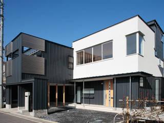 Houses by 守山登建築研究所, Modern