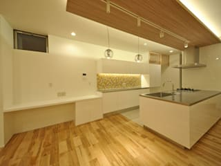 音楽室のある家 エヌスペースデザイン室 オリジナルデザインの キッチン