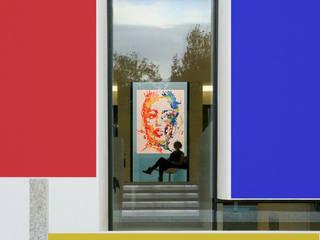 Edificio residenziale : Studio in stile in stile Minimalista di Studio d'arte e architettura Ana D'Apuzzo