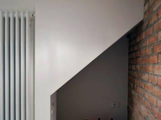 house dz Ingresso, Corridoio & Scale in stile moderno di A-Office /architecture platform Moderno