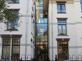 Zorgvilla Het Witte Huis Klassieke huizen van OX architecten Klassiek