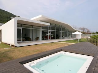 Eclectic style houses by SPACE101建築事務所 Eclectic
