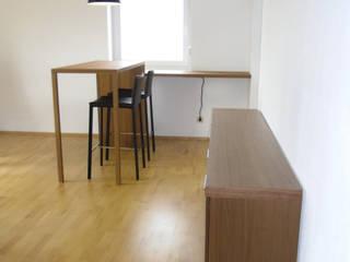 modern wohnen mit einem Hauch von Skandinavien: skandinavische Esszimmer von Innenarchitektur-Moll