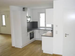 Neubau Küche Moderne Küchen von Innenarchitektur-Moll Modern