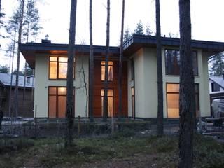 Модерн под Райта в Белоострове: Дома в . Автор – АРХ студия Антона Никитина, Классический