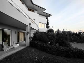 Houses by Studio Maggiore Architettura, Modern