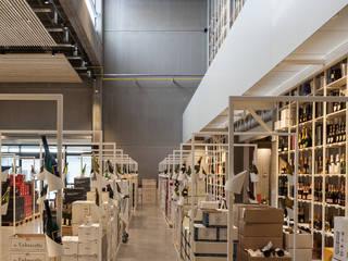 Crombé 3.0:  Kantoor- & winkelruimten door FIVE AM