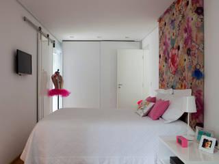 Consuelo Jorge Arquitetos Nursery/kid's room