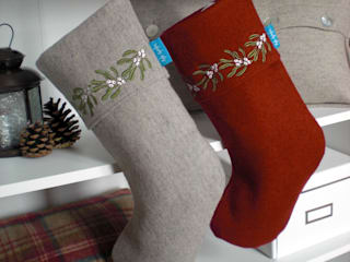 Mistletoe Embroidered Christmas Stockings von Kate Sproston Design Landhaus