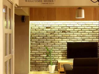 F☆☆☆☆ HOUSE: コムデザインラボが手掛けた壁です。