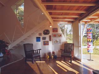 Salas / recibidores de estilo moderno por JOAO DINIZ ARQUITETURA