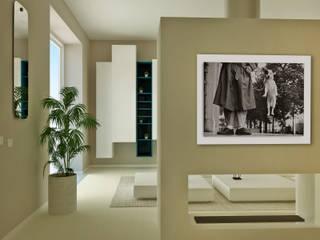 Quadrilocale Brescia: Soggiorno in stile  di scalvini luca design