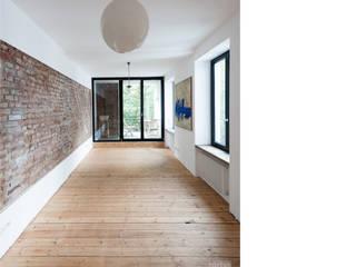 wohnen _ 2. obergeschoß beissel schmidt architekten Moderne Wohnzimmer