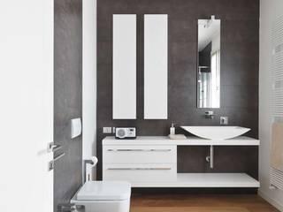 Salle de bains de style  par SANSON ARCHITETTI