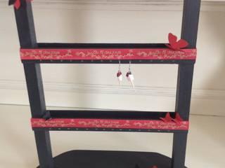 Porte boucles d'oreilles en bois par L' Atelier Numéro 5 Éclectique