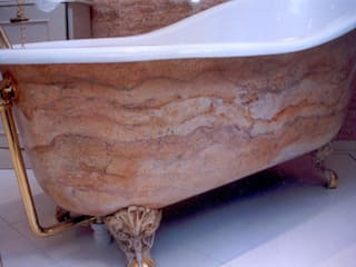 Hand Decorated Bath Tubs Classic style bathroom by Carte Blanche Decorative Painters Classic