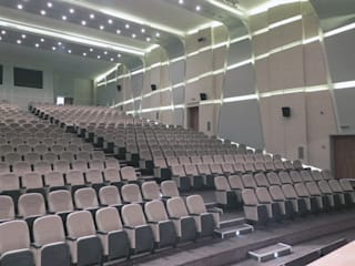 Конференц-центры в стиле модерн от Ayaz Ergin İç Mimarlık Модерн