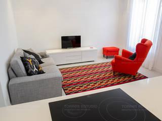 Reforma Integral Salones de estilo minimalista de Torres Estudio Arquitectura Interior Minimalista