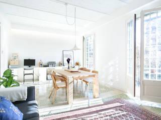Livings de estilo escandinavo por Egue y Seta