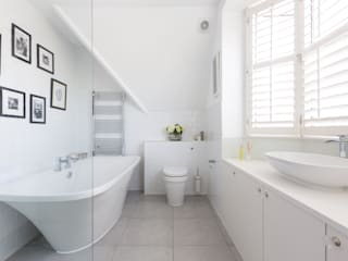 Broadgates Road Minimalist bathroom by Granit Architects Minimalist