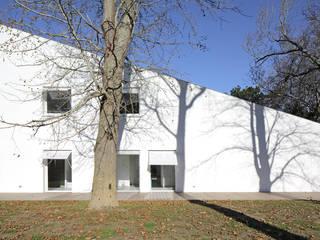 MAISON BASTILLE Maisons minimalistes par SCRIPT architectures Minimaliste